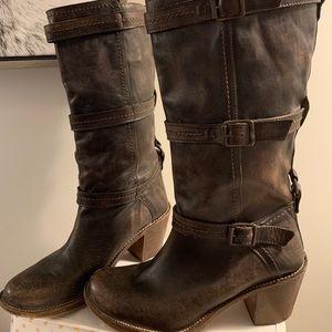 Frye Carmen Boots Size 10
